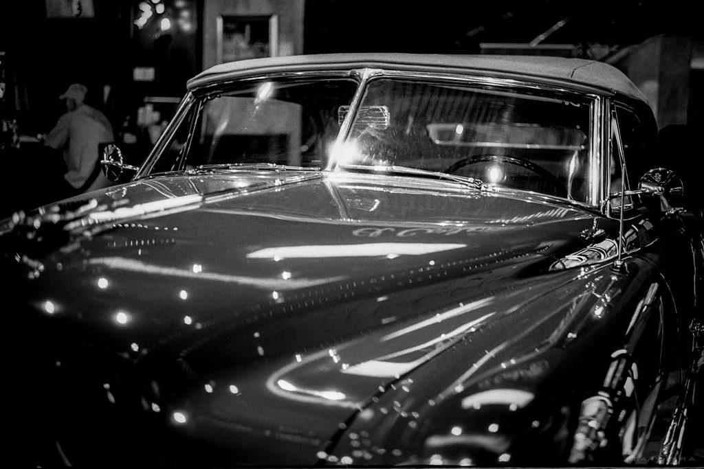 Kodak Tri-X EI 200 • Leica M3 • Summicron 50mm