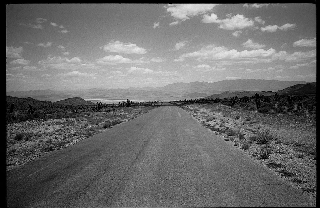 The road to Cold Creek - Eastman Double-X, EI 400 • Leica M6, Summicron 35mm